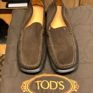 Like New Tods Brown Suede Loafers Size 10